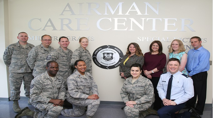 https://www.dvidshub.net/image/4278621/airman-care-center-supporting-194th-wing